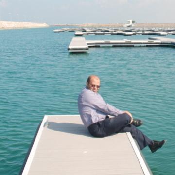 5244300, 40, Dubai, United Arab Emirates