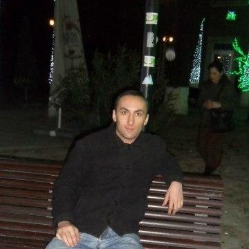 Temo, 35, Tbilisi, Georgia