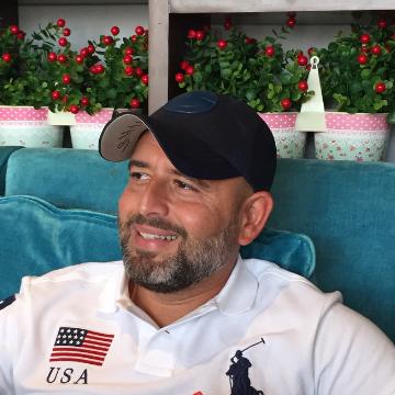 Ali, 38, Dubai, United Arab Emirates