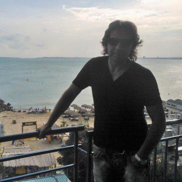 Milen, 46, Varna, Bulgaria