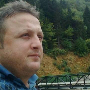 Hakan Çelik, 37, Trabzon, Turkey