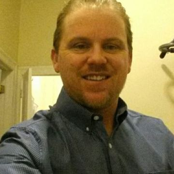 Aaron Londe, 41, New York, United States