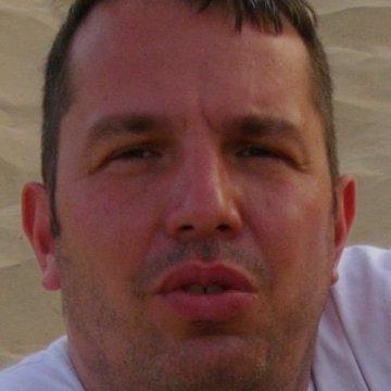 John M., 44, Hohenaspe, Germany