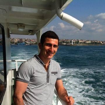 Irakli Bebnadze, 28, Istanbul, Turkey