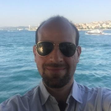 Ceki Dusi, 34, Istanbul, Turkey