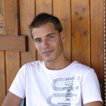 Cristian Pérez Molina, 28, Barcelona, Spain