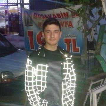 azizcan, 20, Istanbul, Turkey