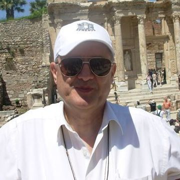 Ali Hoca, 70, Izmir, Turkey
