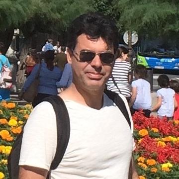 rafet, 43, Pamplona, Spain