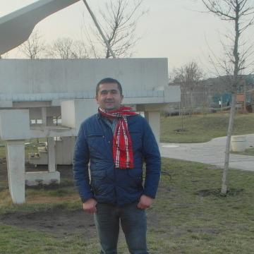 Ramin Babayev, 37, Baku, Azerbaijan