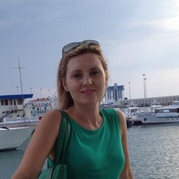 Yulia, 31, Sochi, Russia