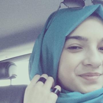 Seda, 20, Istanbul, Turkey
