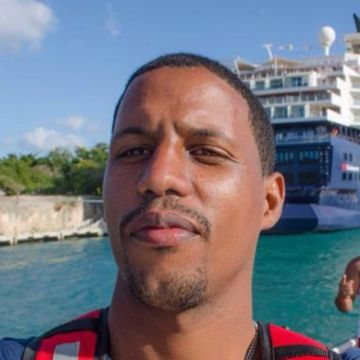 Joel Casilla, 29, Santo Domingo, Dominican Republic