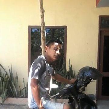 Aditobad, 34, Balikpapan, Indonesia