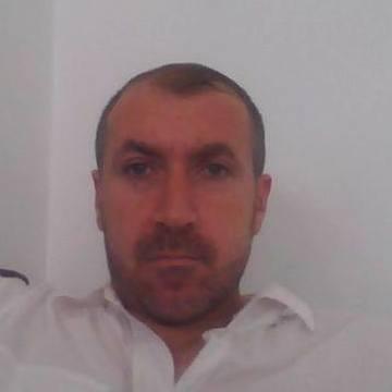 Azat Basbaydar, 39, Izmir, Turkey