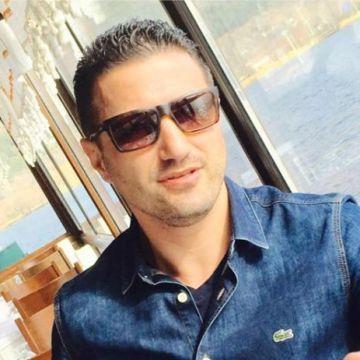 Özkan, 36, Izmir, Turkey