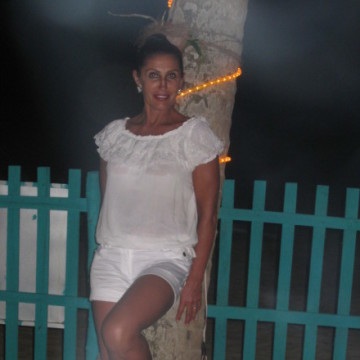 Лариса, 59, Yalta, Russia