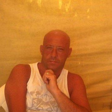 Claudio Peña, 48, Buenos Aires, Argentina