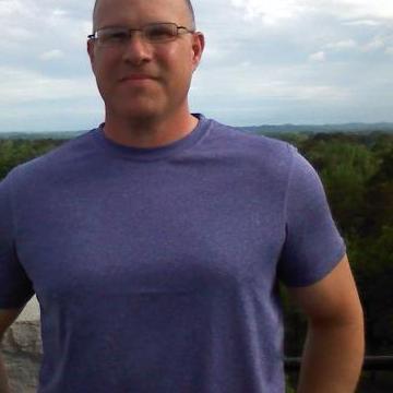 Wallace, 50, Houston, United States