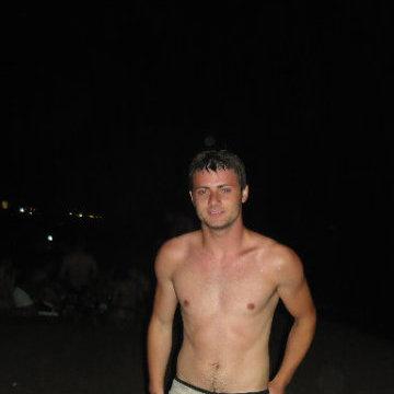 Alex Stefan, 29, Tivoli, Italy
