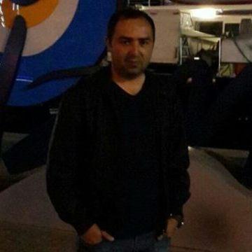 Ayaz Memis, 31, Istanbul, Turkey