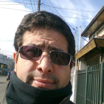 Roberto Victor, 47, Belgrano, Argentina