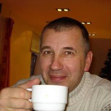 Paul Robert, 48, Londonderry, United States