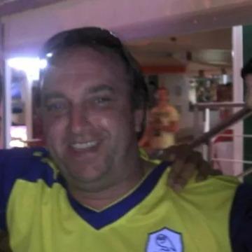 Roger, 51, Sheffield, United Kingdom