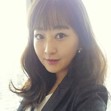 Arina Kim, 31, Busan, South Korea