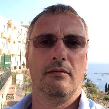 Aldo Vavassori, 51, Milano, Italy