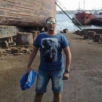 ahmed, 36, Alexandria, Egypt