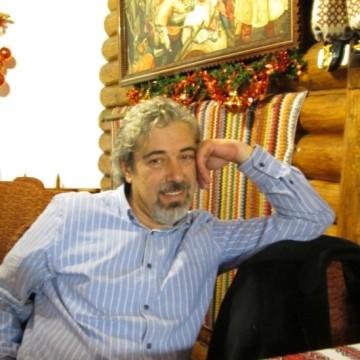 Alpay Refik, 49, Craiova, Romania