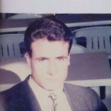 Mali Müşavir Alper Memiş, 45, Antalya, Turkey