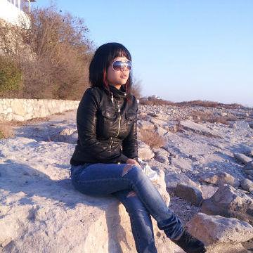 Elena, 28, Seoul, South Korea