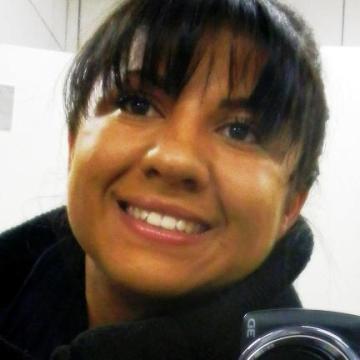 Suellen, 31, Curitiba, Brazil