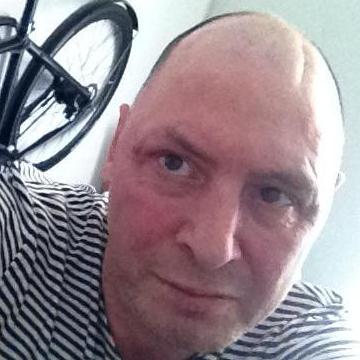 Jay Edwards, 47, Zurich, Switzerland