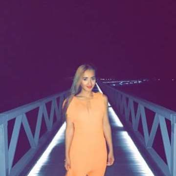 Elena, 26, Dubai, United Arab Emirates