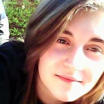 Kayleigh, 22, Bristol, United Kingdom