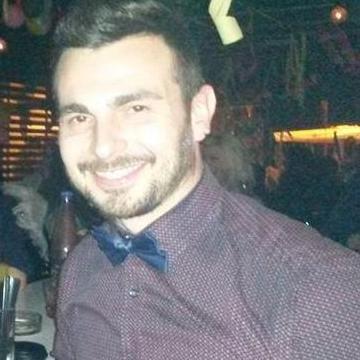Kiriakos, 34, Thessaloniki, Greece