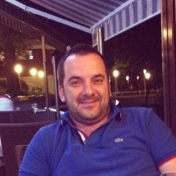Yalcin Demirkiran, 34, Istanbul, Turkey