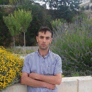 Mustafa Doğan, 35, Istanbul, Turkey