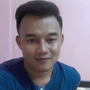 Arm Rachanon Sutthiprapa, 27, Bangkok Yai, Thailand