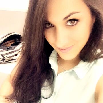 Ariadna, 27, Barcelona, Spain