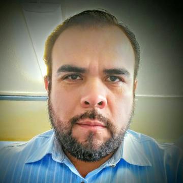 Kenny Contrón, 42, Mazatlan, Mexico