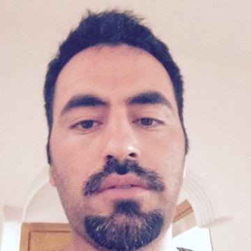 Fırat Özkan, 34, Istanbul, Turkey