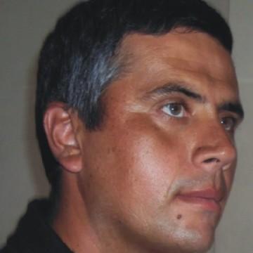 Claudio Bolañez, 39, Berisso, Argentina