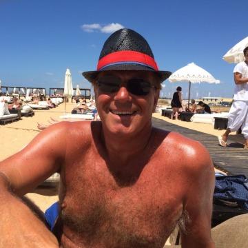 John , 59, Godalming, United Kingdom