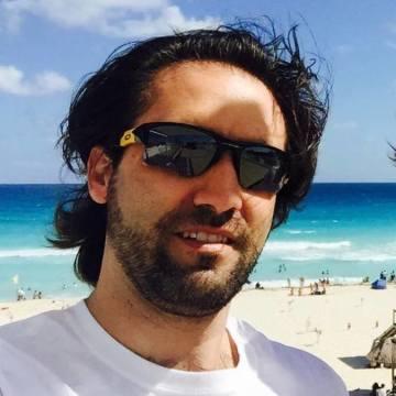 Mario Remolina, 36, Guadalajara, Mexico