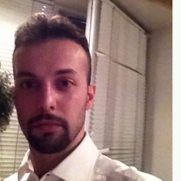 Matteo , 29, Modena, Italy