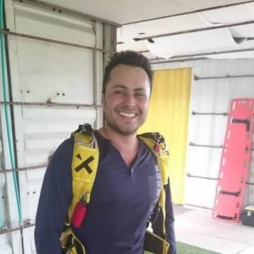 Oscar Serrano, 29, Medellin, Colombia
